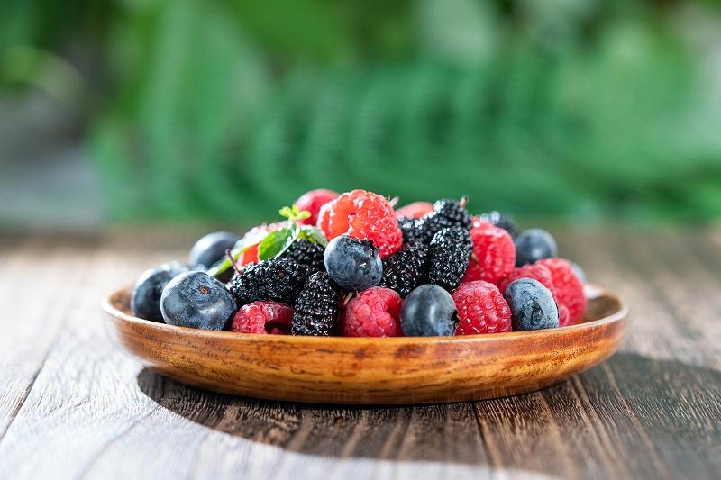 千库网_餐饮水果黑莓树莓桑葚国摄影图_摄影图编号138764